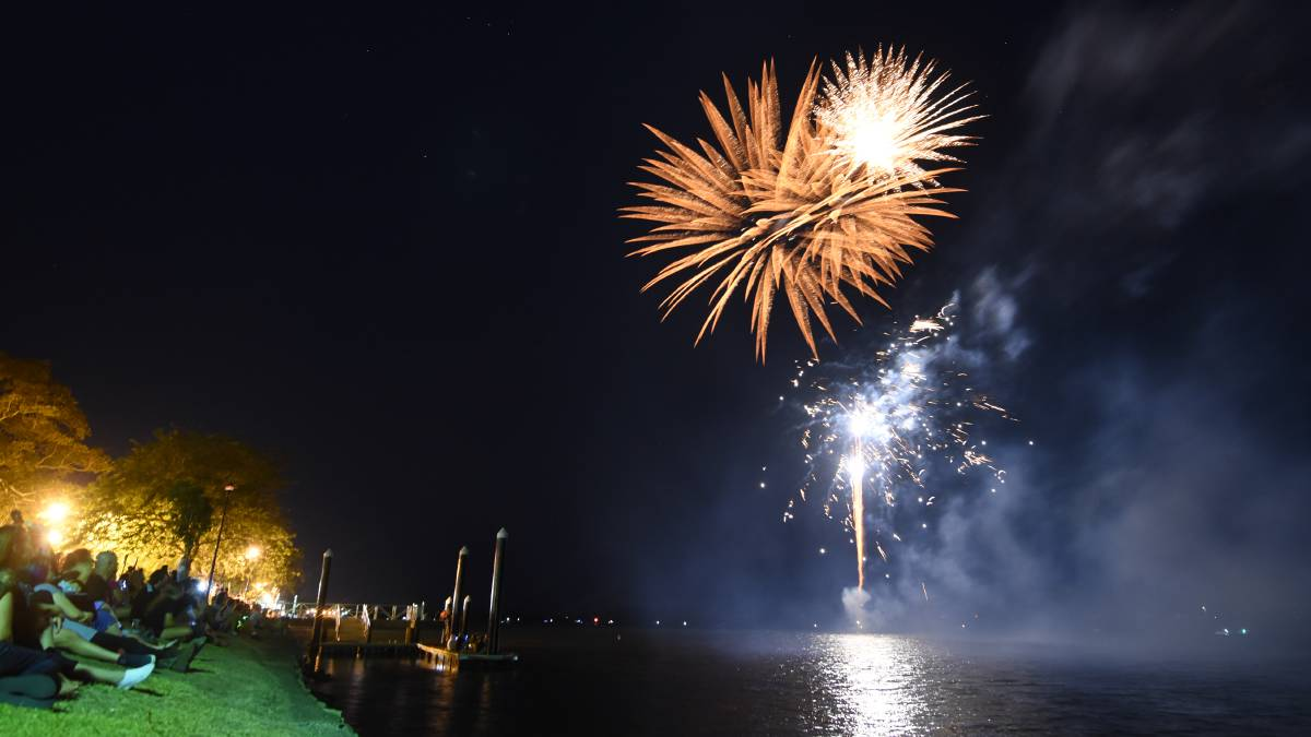 2019 New Year's Eve on the Taree riverbank